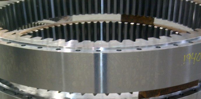 Vučna vitla, 8 zupčanika ø 2710/1824 x 250 mm / materijal 42CrMo4 / mesto isporuke: Južna Koreja