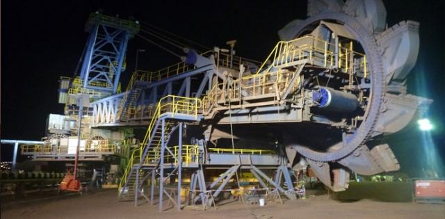 3 prstena spoljnog prečnika od 7804 mm do 7488 mm za uležištenje rotornog bagera / mesto isporuke: Australija